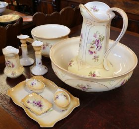Crown Devon Ewer & Basin Set