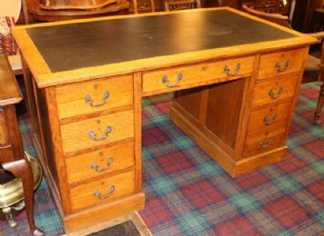 Oak Double Pedestal Desk