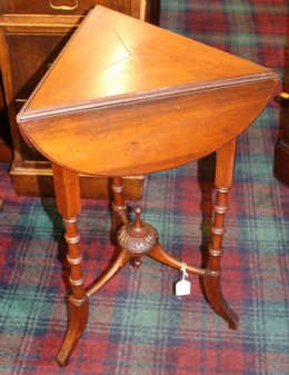 Small Mahogany Triangular Drop Leaf table