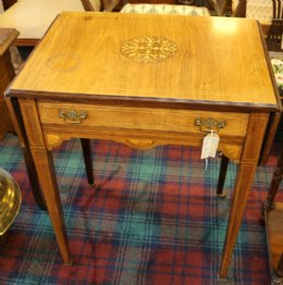 Victorian Rosewood Table with drop flaps