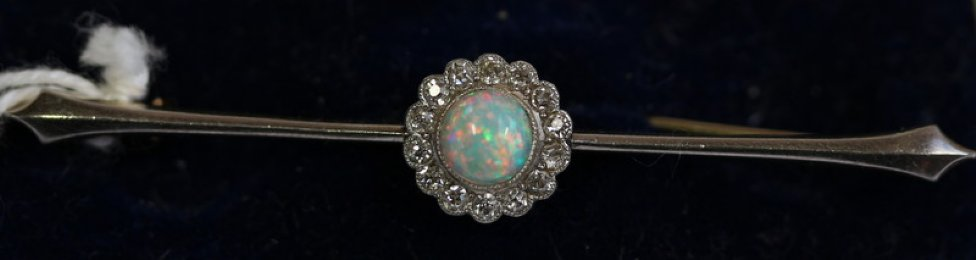 15ct Gold Victorian Opal & Diamond Brooch