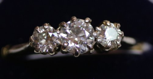 18ct Gold, 3 Stone Diamond Ring