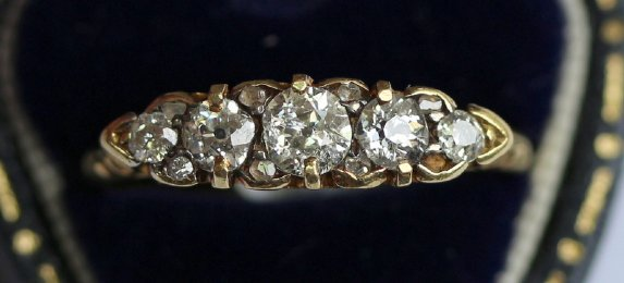 18ct Gold 5 stone old cut Diamond Ring