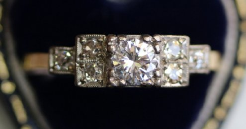 18ct Gold Diamond Ring C1940