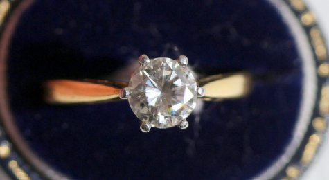 18ct gold Diamond Solitaire