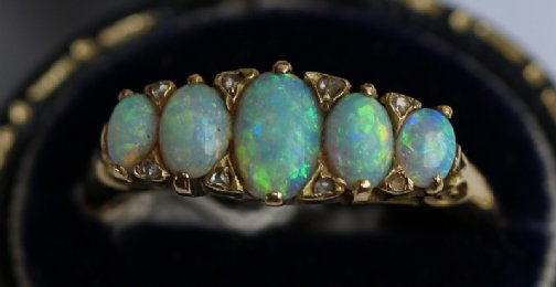 18ct Gold , Opal & Diamond Ring