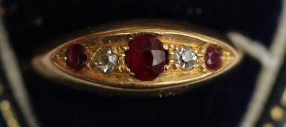18ct gold,ruby & diamond Ring - SOLD