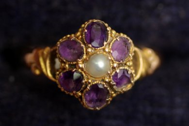 19th cent, 15ct gold,Amethyst & Pearl ring - SOLD