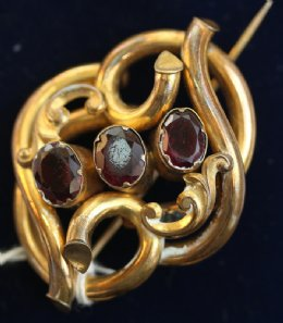 19th cent Brooch