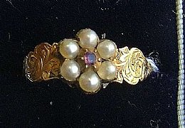 19th cent Gold, Amethyst & Pearl Ring