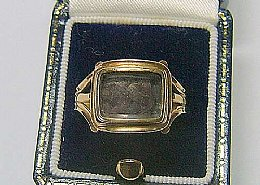 19th cent Gold Mourning Ring