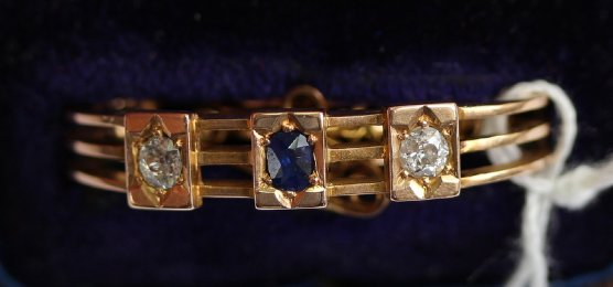 19th cent Scarf Clip, Sapphire & Old Cut Diamomds