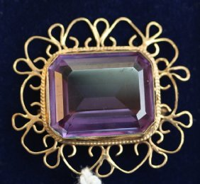 9ct gold,& Amethyst Brooch