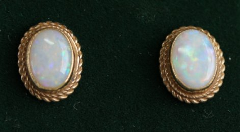 9ct Gold & Opal Earrings