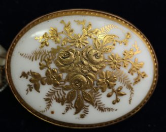 9ct Gold & Porcelain Brooch