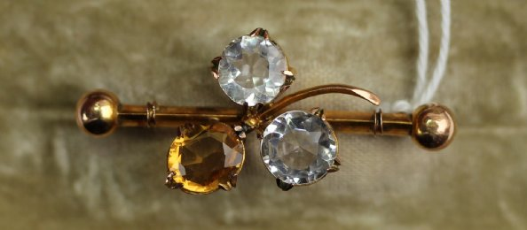 9ct Gold Citrine & Paste set Brooch