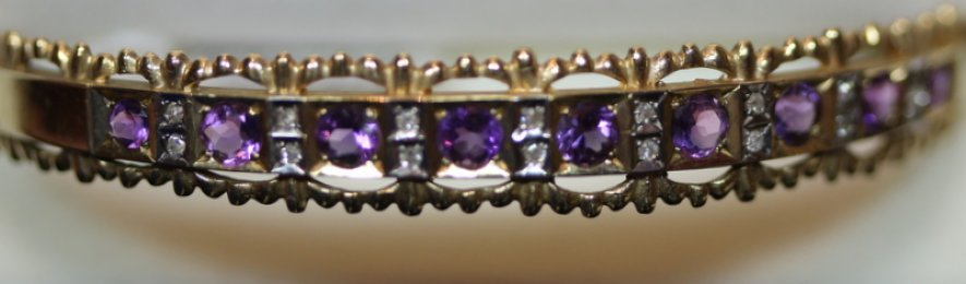 9ct Gold,Amethyst & Diamond Bangle