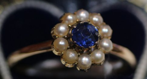 9ct Gold,Sapphire & Seed Pearl Ring