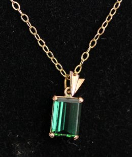 Art Deco Emerald Pendant & Chain