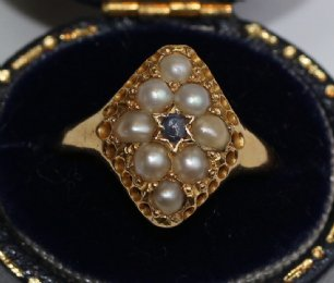 Early 20th cent 18ct Gold,Pearl & Sapphire Ring