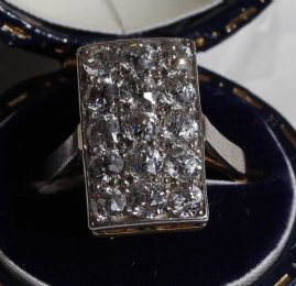 Early 20th cent 18ct Gold,Plat & Diamond Ring - SOLD