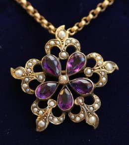 Early 20th cent Gold,Amethyst,Seed Pearl Pendant with Chain