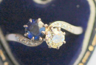 Early 20th cent Sapphire & Diamond Ring