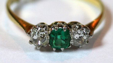 Gold, Emerald & Diamond Ring