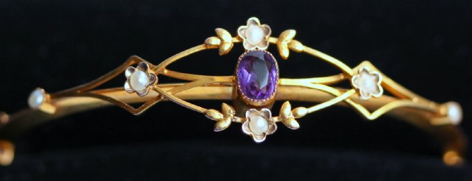 Edwardian Gold,Amethyst & Pearl Bangle