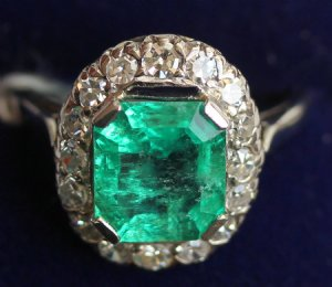 Gold,Emerald & Diamond Ring