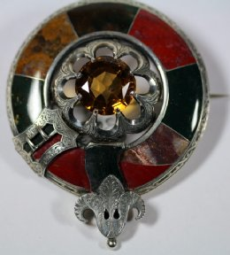 Large Scottish 19th cent Silver & Agate Plaid Brooch