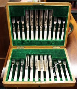 Set of 24pcs Dessert Knives & Forks